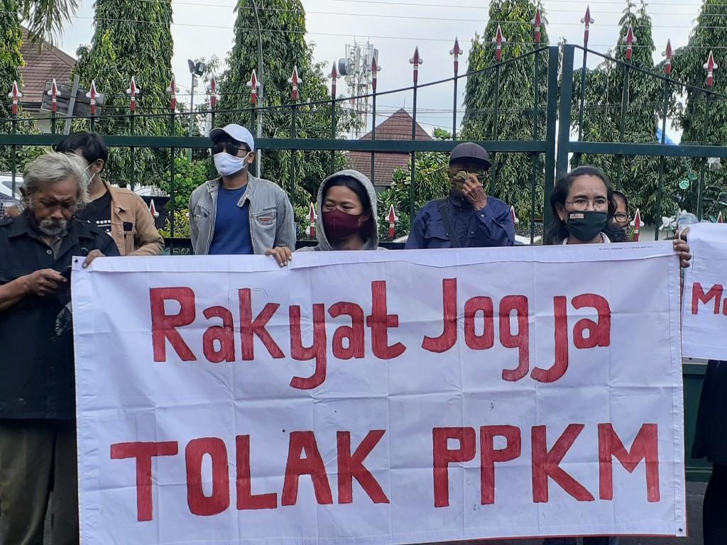 Tolak PPKM Yogyakarta